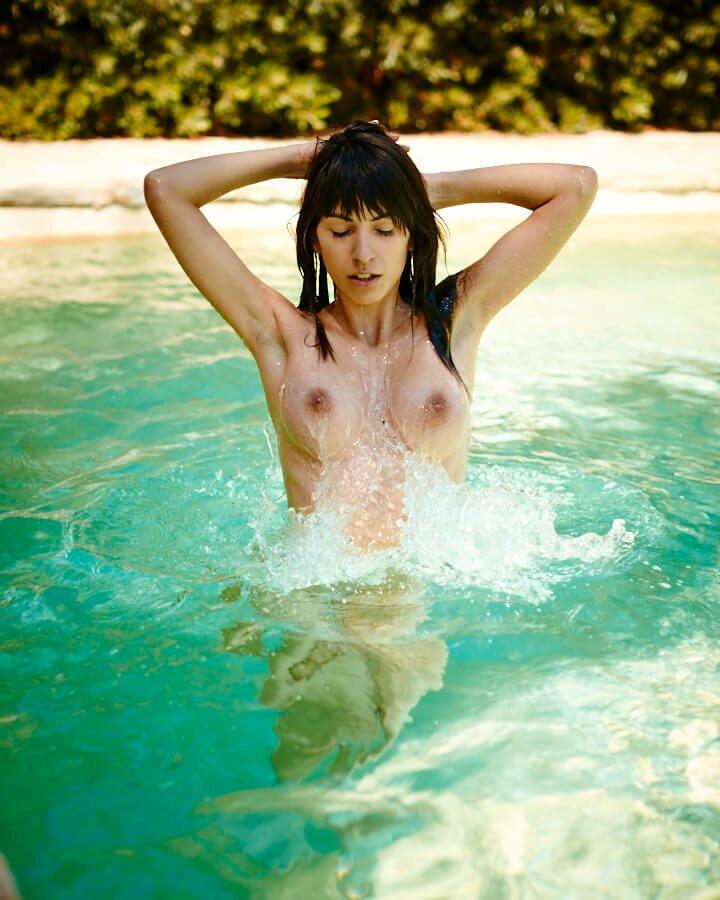 Jacqueline Scherer  nackt